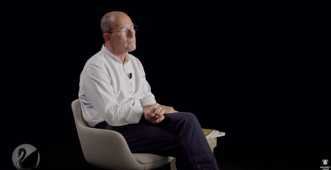 Interview de Étienne Chouard par Thinkerview