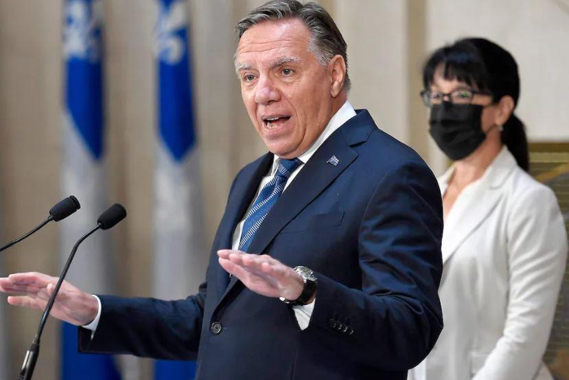 Legault croit qu'il est raisonnable de congédier un non-vacciné – Le Journal de Montréal
