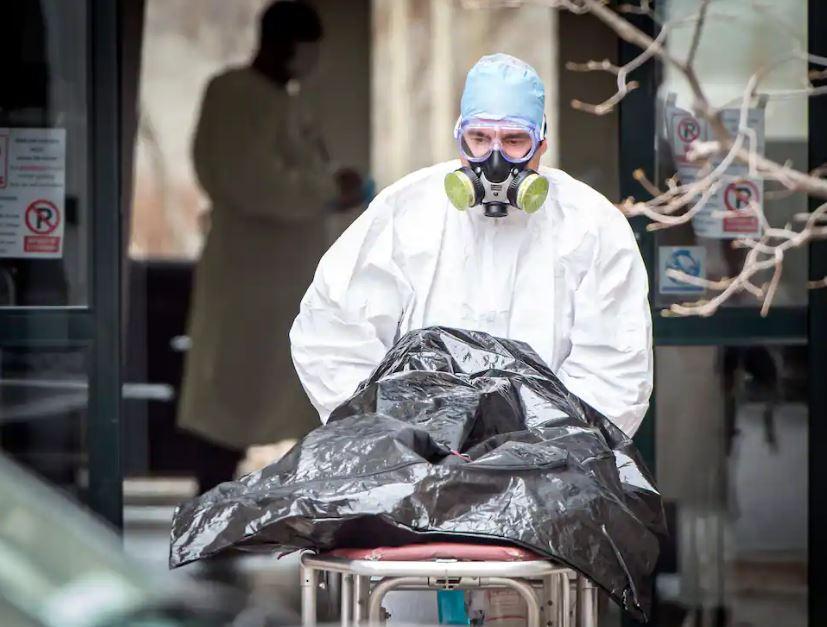 Recouverts d'excréments, déshydratés, abandonnés sur la toilette: des résidents du CHSLD Herron ont vécu l'enfer – Le Journal de Montréal