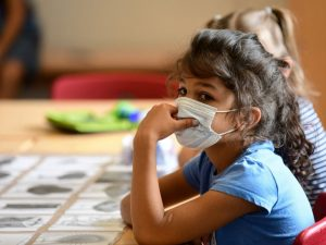 Le système immunitaire inné des enfants les protègerait contre les formes graves de Covid-19, selon une étude allemande – Science et Avenir